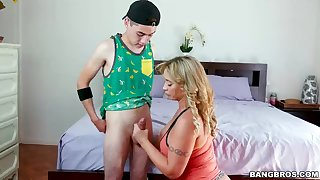 Meaty bum step mother, Eva Notty is providing a uber-cute boob fucking to her kinky step son-in-law