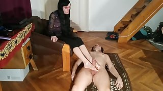 Beth Kinky - Foot play foot job & cum on feet unconnected with slave pt1 HD